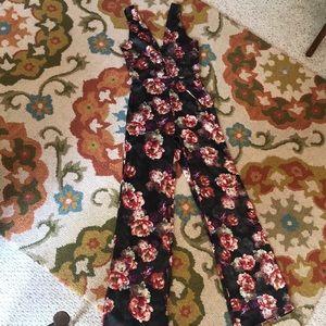 SOLD* LPA floral slvls jumpsuit